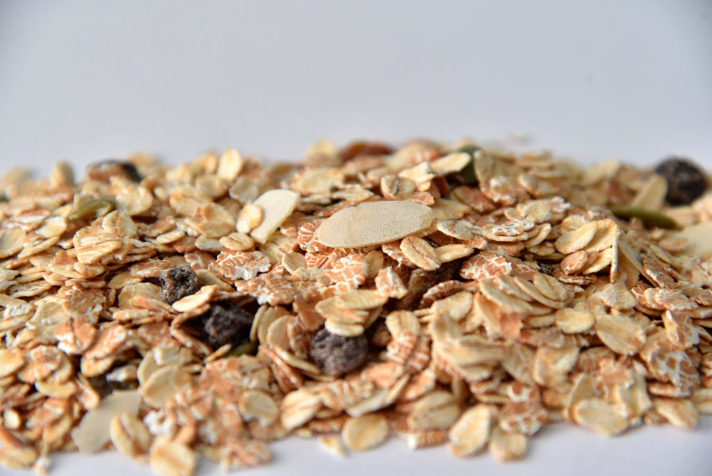 Whole grain, fruits and seeds
